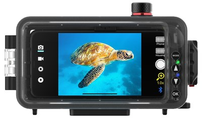 The SportDiver housing works with the free SeaLife SportDiver app for iPhone or Android. Users can easily switch between photo and video mode. The SportDiver App uses the smartphone's camera technology native to each phone model. Photos and videos are saved to the phone's camera roll. The SportDiver housing automatically connects to your smartphone wirelessly using Bluetooth®. A removable underwater color-correction filter is included which restores natural underwater colors.