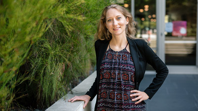 Karin Pelka starts a new lab at Gladstone Institutes to study the innate immune system and find new ways to fight cancer and other diseases. Photo: Michael Short/Gladstone Institutes